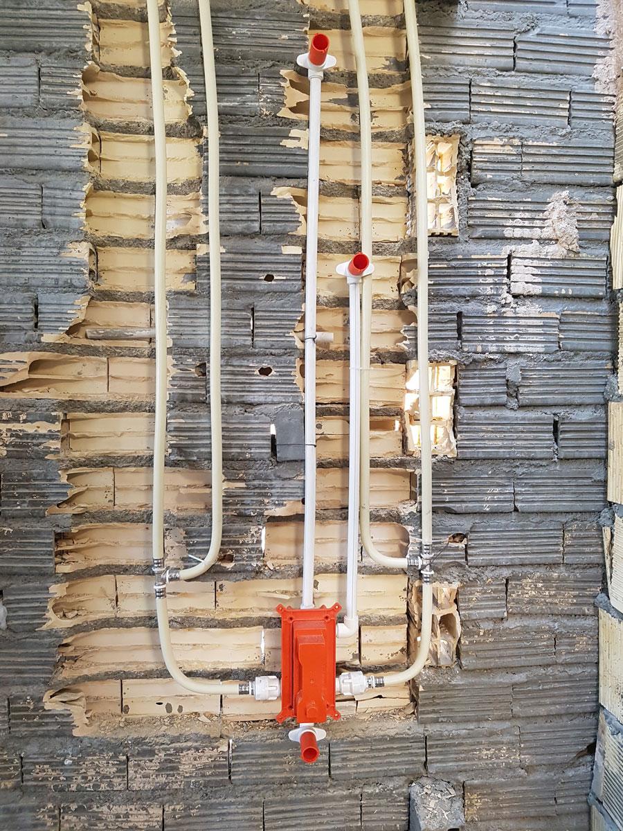 پروژه لوله کشی پنج طبقه خیابان چهار باغ بالا اصفهان شرکت ونداد تهویه سپهر